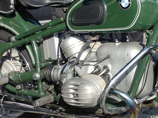 Motor van een BMW 59